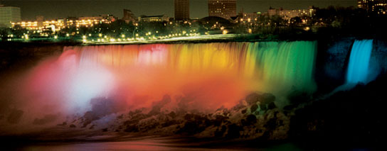 Ramada Hotel Niagara Falls Fallsview - Nightly Falls Illumination